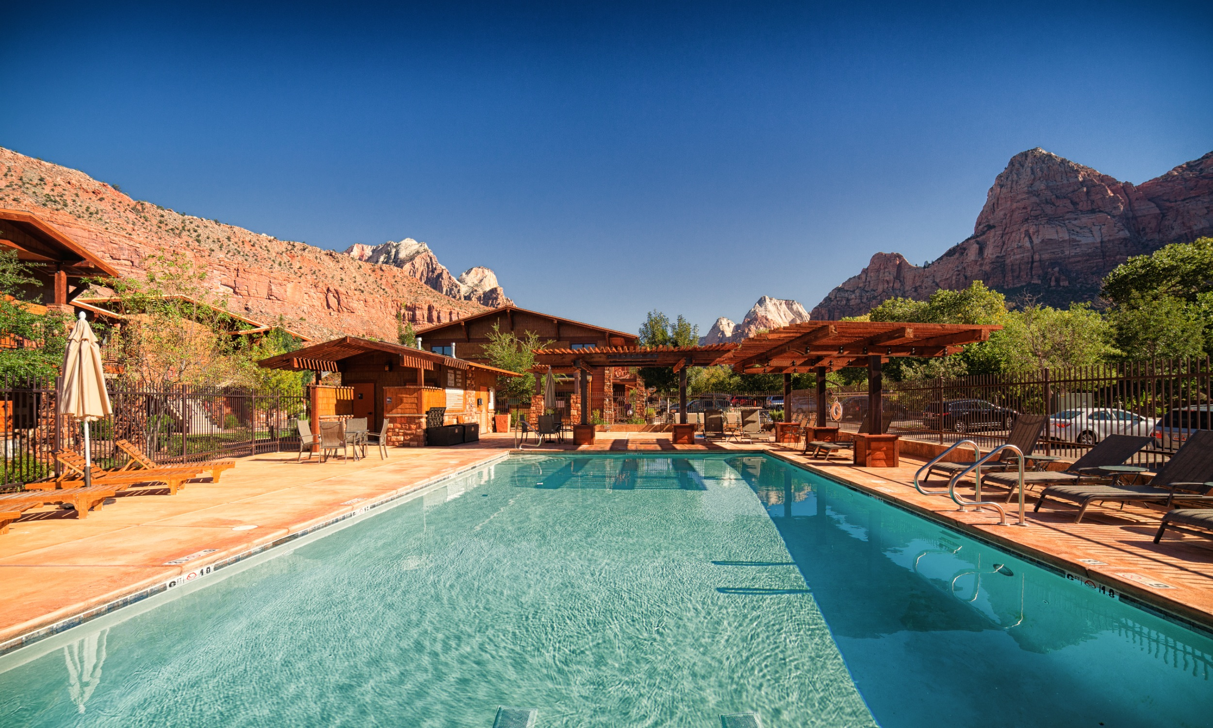 Pool Amp Spa Cable Mountain Lodge At Zion National Park